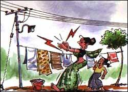 Do not tie cloths to electric poles. ಬಟ್ಟೆ ಒಣಗಿಸಲು ವಿದ್ಯುತ್ ಕಂಬಗಳಿಗೆ ವಯರ್ಗಳನ್ನು ಕಟ್ಟಬೇಡಿ.